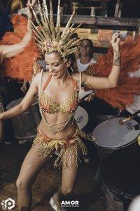 רקדניות בריזילאיות