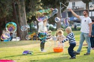 בועות סבון הפעלה לילדים